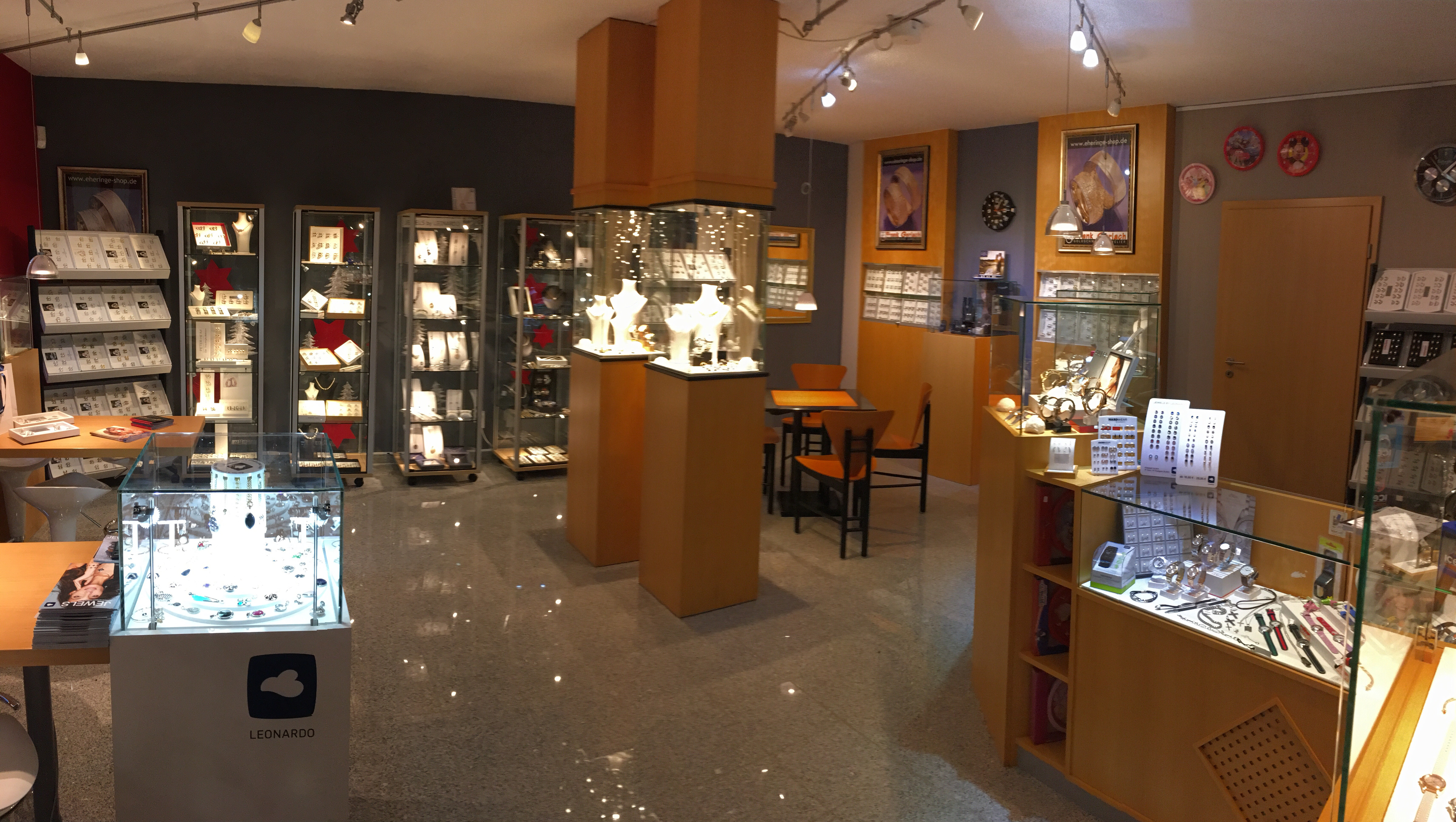 Ausstellung Goldschmiede Juwelier