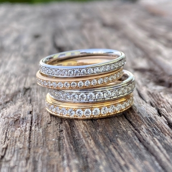 Memoire Ring mit umlaufenden Brillanten