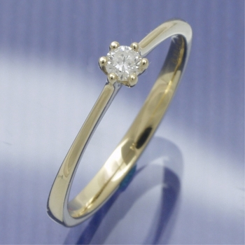 Solitaire Ring mit 0,10 ct